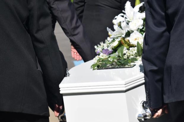 Alegerea unei case de pompe funebre te scutește de mult stres