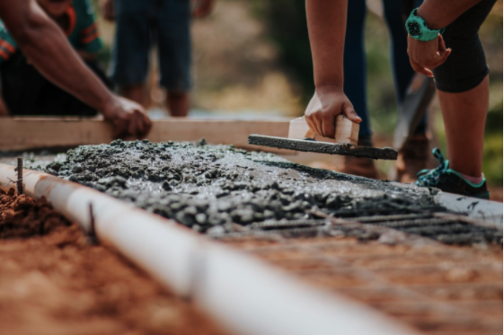 Cum se poate face construcţia unei case rapid?