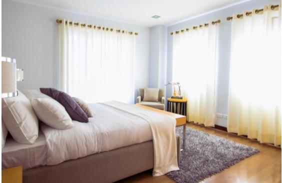 Dormitoare din lemn masiv pentru un somn odihnitor