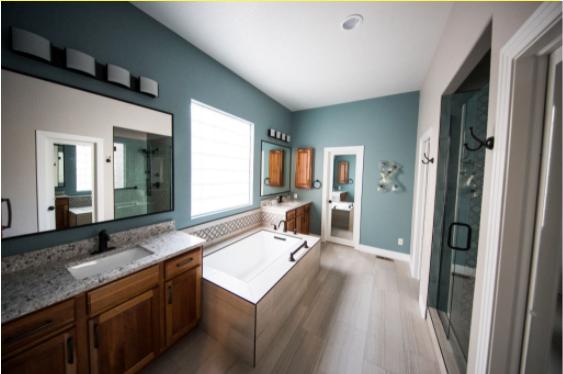 Hidroizolarea elementelor sanitare în baie – caracteristici, riscuri și ce trebuie avut în vedere